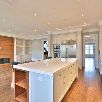 7-ZarconHome-TransitionalHome-Toronto-CustomHome-Kitchen-FamilyRoom-FirePlace